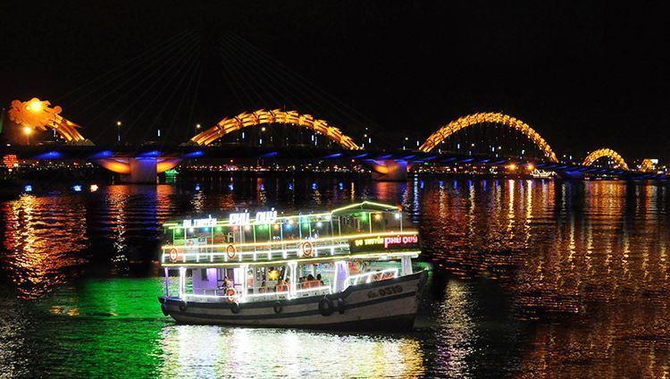 Vé Tàu Du Ngoạn Sông Hàn