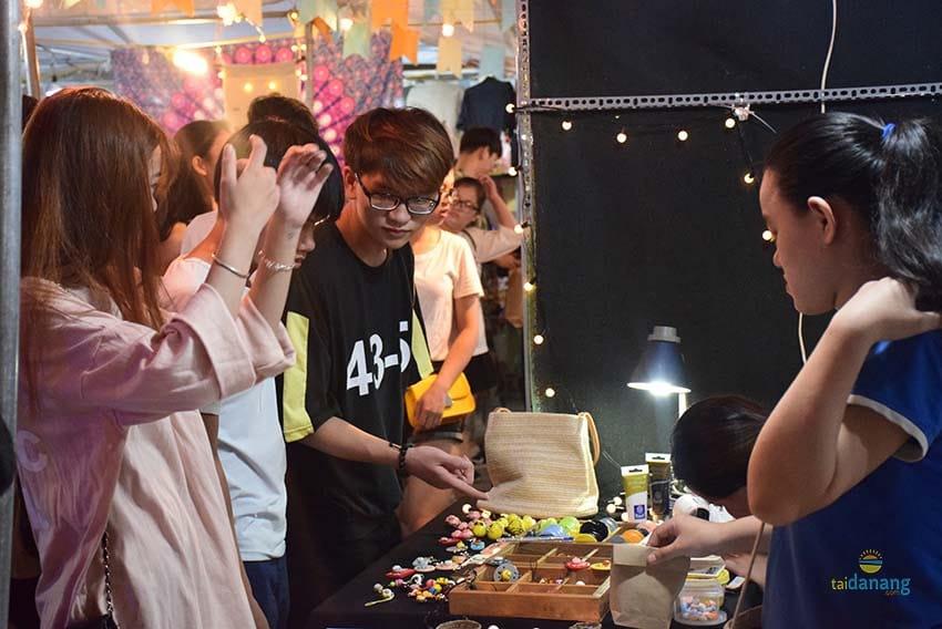 Chợ đêm Helio ở Đà Nẵng